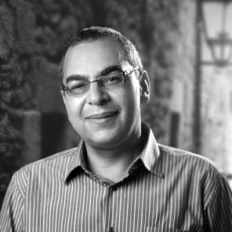 الدكتور أحمد خالد توفيق